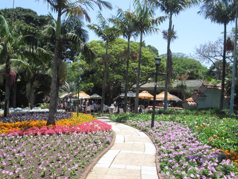 Mitchell-Park-Zoo-image
